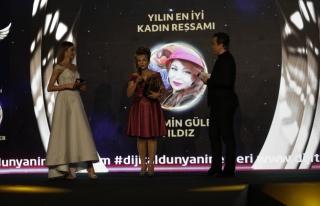 Yılın en iyi kadın ressamı: Yasemin Güler Yıldız...