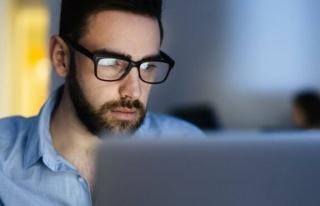 2050 yılında dünyanın yarısı gözlük takmak...