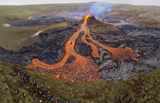 23 Günde 50 Bin Deprem: İzlanda'yı Ayağa Kaldıran...