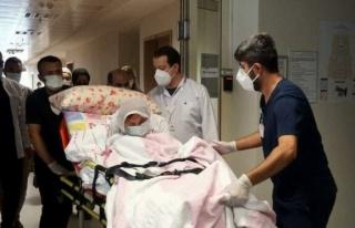 3 doz aşı olan 108 yaşındaki Fatım nine coronayı...