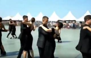 9 Eylül Törenleri'nde İzmir Konak Meydanı'nda...
