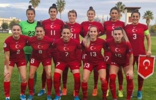 A Milli Kadın Futbol Takımı'nın Bulgaristan...