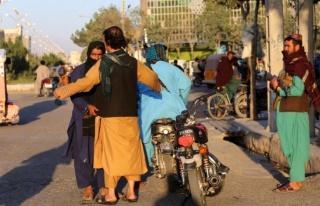 AB ve İngiltere, Taliban'ı Afganistan'ın yeni hükümeti...
