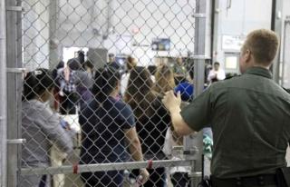 ABD'de gözaltındaki göçmen kadınların rızaları...