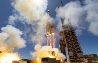ABD, İşlevi Gizli Tutulan Casus Uydusu NROL-82'yi...