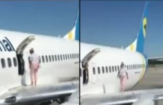 Acil Çıkış Kapısını Açtığı Antalya Uçağının...