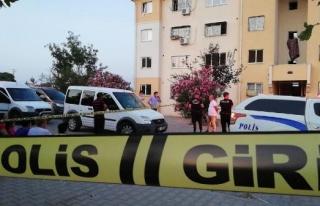 Adana'daki Cinayetin Sebebi Balkondan Cinsel Organ...