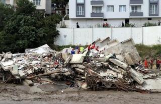 AFAD, Sel Felaketinde Can Kaybının 40'a Yükseldiğini...