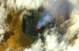 Afrika'da Can Alan Yanardağ Zirveden Görüntülendi
