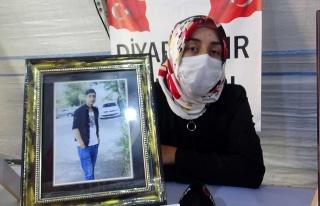 Aileler HDP ve PKK'ya karşı direniyor