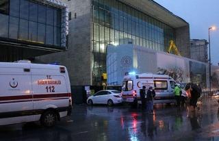 AKM İnşaatında Asma Tavan Çöktü, 4 İşçi Yalaralandı