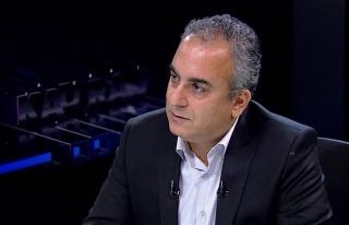 AKP İstanbul Milletvekili Markar Esayan Hayatını...