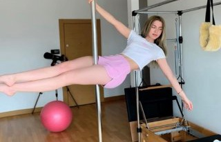 Aleyna Tilki direk dansı yaptı