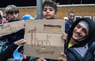 Almanya Yılın İlk Yarısında 47 Bin Mülteciyi...