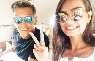 Amine Gülşe ve Mesut Özil'i Corona ayırdı!