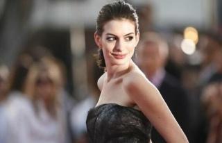 Anne Hathaway'in eski sevgilisi yıllar sonra ayrılıklarını...