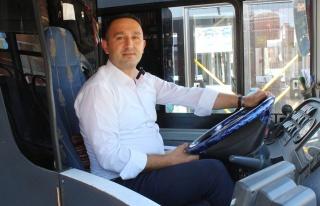 Antalya'da Darp Edilen Kadını Kurtaran Otobüs Şoförüne...