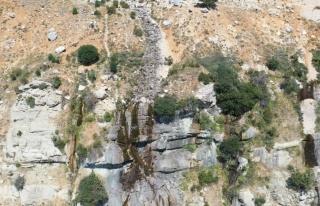 Antalya'nın 3024 rakımlı Akdağ eteklerinde bulunan...