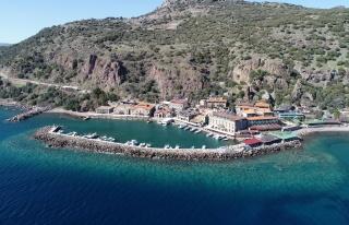 Assos Antik Limanı Hayalet Şehre Döndü; Her Yer...