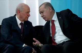 Bahçeli: '100 Maddelik Yeni Anayasa Önerimizin Hazırlık...