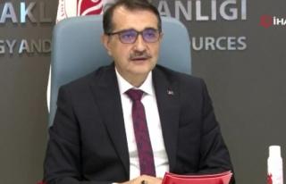 Bakan Dönmez: 'Biz Türkiye'yi yenilenebilir enerjide...