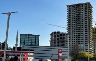 Bakan Kurum Tepki Gösterdi: Deprem Bölgesine AKP...