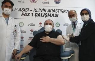 Bakan Varank'tan Yerli Aşı Açıklaması: 'Faz 2...