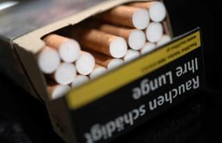 Bakanlık Açıklama Yaptı: Marketlerde Sigara Satışı...