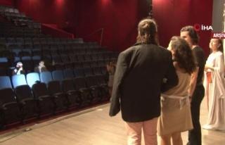 Bakanlıktan özel tiyatrolara destek