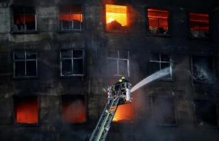Bangladeş'te Yangın Faciası! En Az 52 Ölü