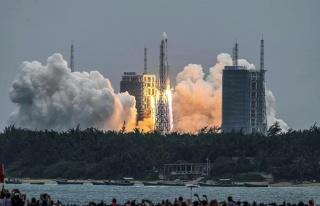 Bir Bu Eksikti! Çin'in Uzaya Gönderdiği İlk Roketin...