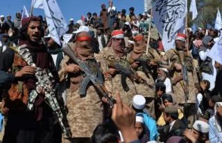 Bir kale daha düştü! Taliban, Afganistan'ın en...