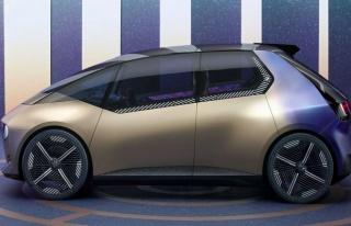 BMW bir şeyler deniyor: i Vision...