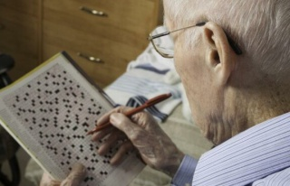 Bulmaca çözmek Alzheimer hastalığını beş yıl...