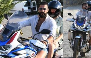 Burak Özçivit ve Fahriye Evcen'den Bodrum'da motosikletli...