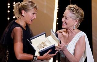 Cannes Film Festivali'nde ödüller sahiplerini...