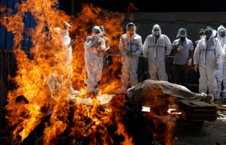 Cansız bedenlerin sokakta yakıldığı ülkenin...