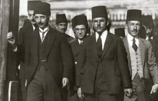 Çavuşoğlu Lozan'a Yüklendi: 'Okullarda Bize Başarı...