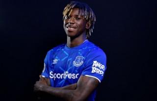 Cenk Tosun'un yanına 32 milyon Euro'luk transfer