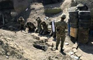 Cephedeki askerleri arkasına bakmadan kaçıyor!...