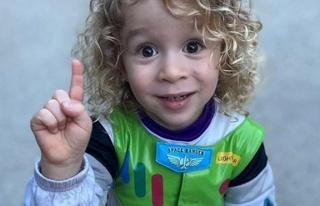 Ceyda Düvenci oğlunun yeni yaşını kutladı
