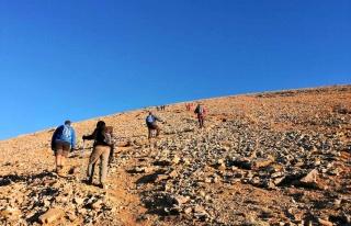 Dağcılar Mersin Karboğazı'nda zirveye tırmandı