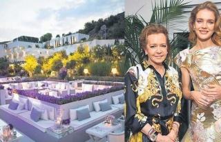 Davetiyeler 25 Bin Euro: Türk Sosyetesi Bodrum'daki...