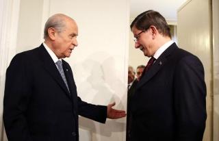 Devlet Bahçeli, Ahmet Davutoğlu'nun Görüşme Talebini...