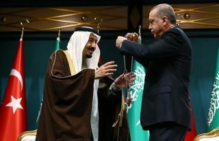 Devlet Madalyalarından Atatürk'ün Kaldırılması:...