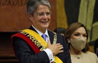 Ekvador Devlet Başkanı Gereksiz Harcamaları Azaltmak...