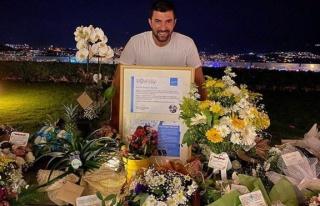 Engin Akyürek'e UNICEF'li yaş günü sürprizi