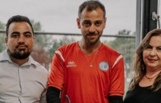 Erkan Kolçak Köstendil, Hollanda'ya transfer oldu