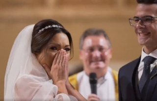 Eşinin Down Sendromlu Öğrencilerini Düğüne Davet...
