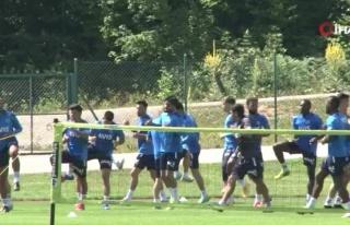 Fenerbahçe'den Topuk Yaylası'nda neşeli antrenman